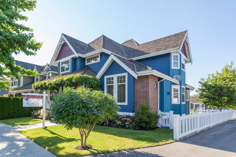 Detached at 21667 MURRAY'S CRESCENT, Langley, British Columbia. Image 2