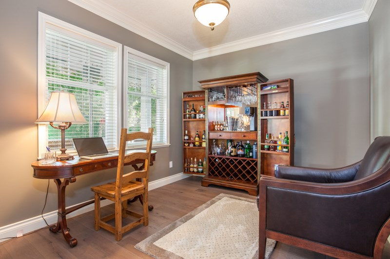 Detached at 21667 MURRAY'S CRESCENT, Langley, British Columbia. Image 5