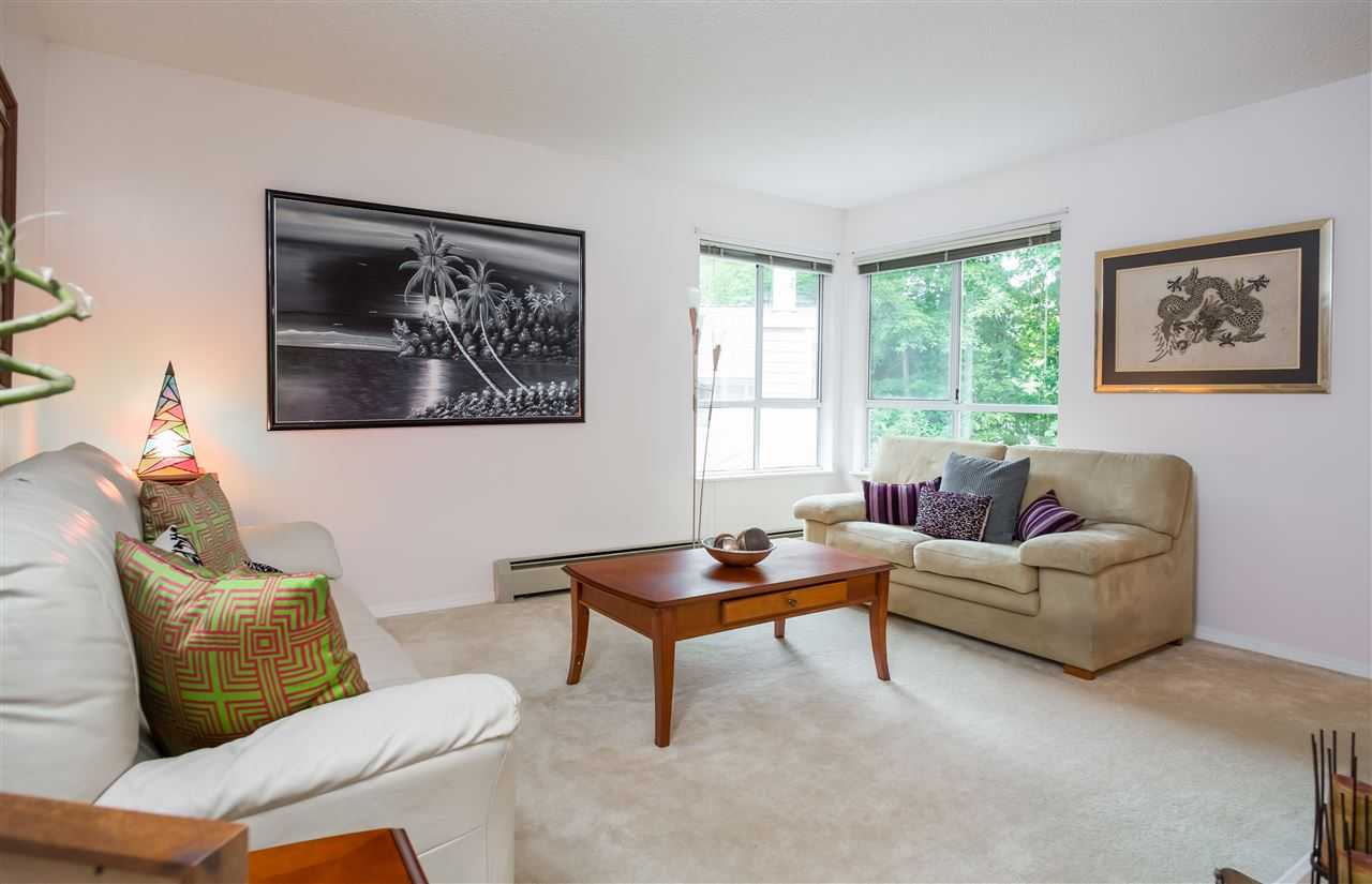 Townhouse at 17 9000 ASH GROVE CRESCENT, Unit 17, Burnaby North, British Columbia. Image 4