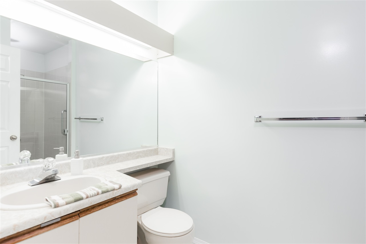 Townhouse at 17 9000 ASH GROVE CRESCENT, Unit 17, Burnaby North, British Columbia. Image 13