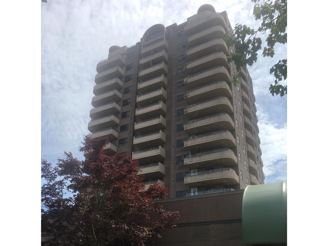 Condo Apartment at 904 6611 COONEY ROAD, Unit 904, Richmond, British Columbia. Image 1