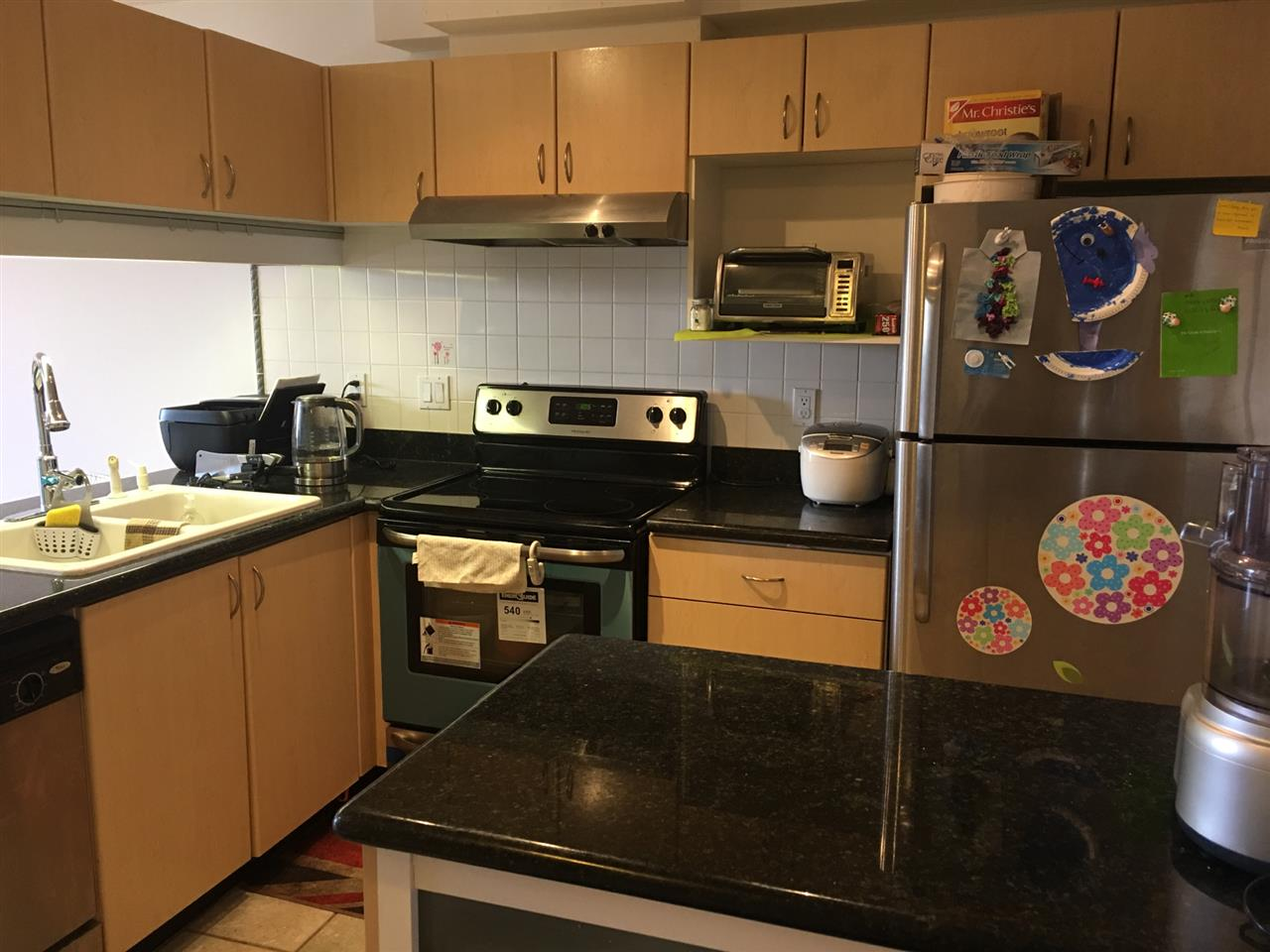 Condo Apartment at 904 6611 COONEY ROAD, Unit 904, Richmond, British Columbia. Image 9