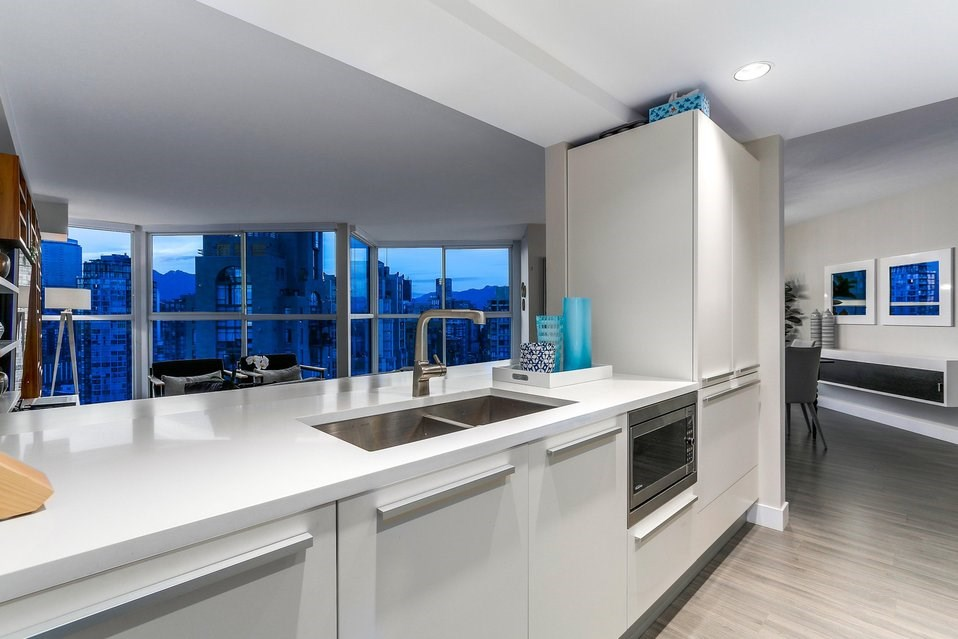Condo Apartment at 2801 1323 HOMER STREET, Unit 2801, Vancouver West, British Columbia. Image 3