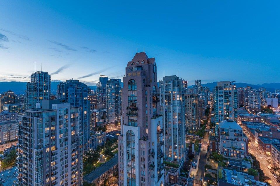 Condo Apartment at 2801 1323 HOMER STREET, Unit 2801, Vancouver West, British Columbia. Image 17