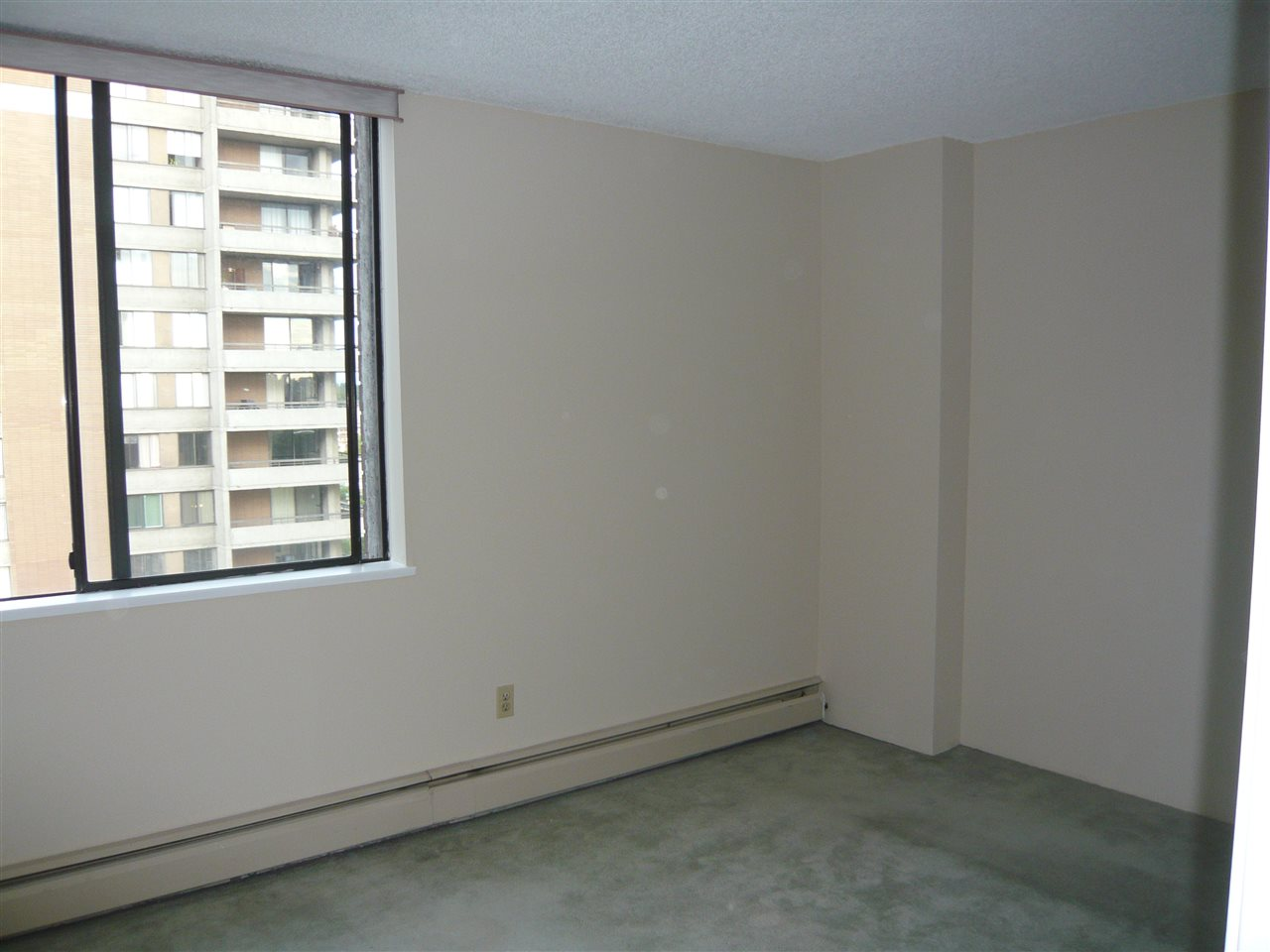Condo Apartment at 1902 3737 BARTLETT COURT, Unit 1902, Burnaby North, British Columbia. Image 10