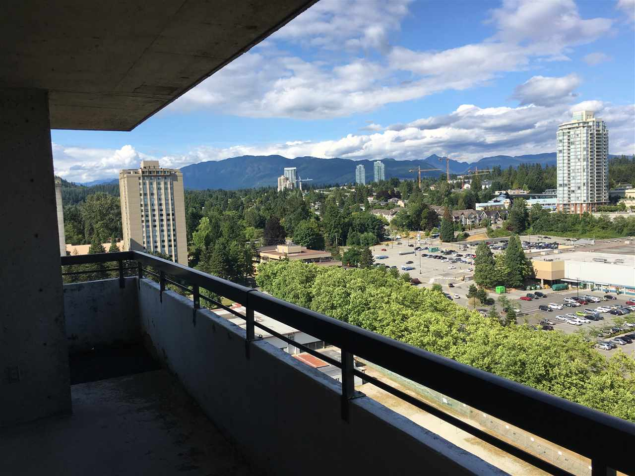 Condo Apartment at 1902 3737 BARTLETT COURT, Unit 1902, Burnaby North, British Columbia. Image 12