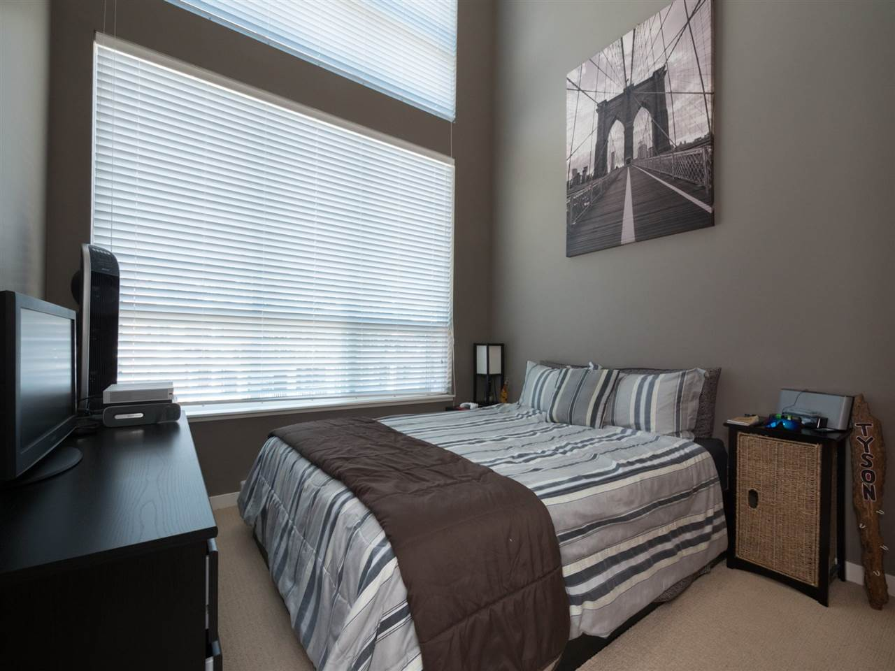 Condo Apartment at 406 6480 194 STREET, Unit 406, Cloverdale, British Columbia. Image 7