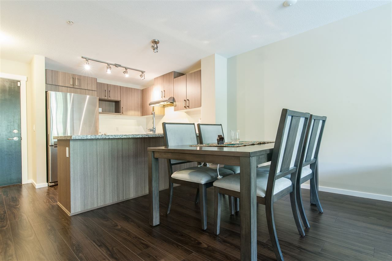 Condo Apartment at 302 3178 DAYANEE SPRINGS BOULEVARD, Unit 302, Coquitlam, British Columbia. Image 3