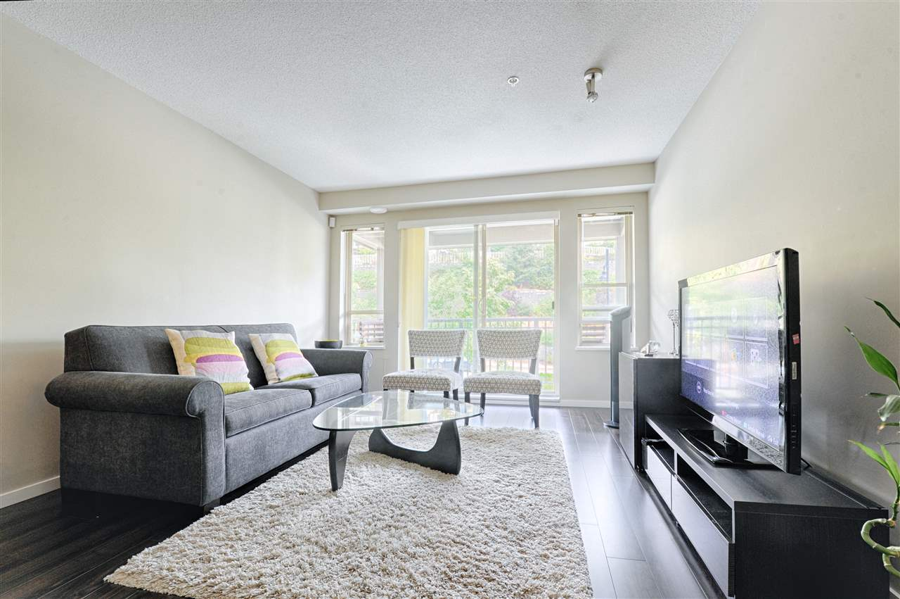 Condo Apartment at 302 3178 DAYANEE SPRINGS BOULEVARD, Unit 302, Coquitlam, British Columbia. Image 5