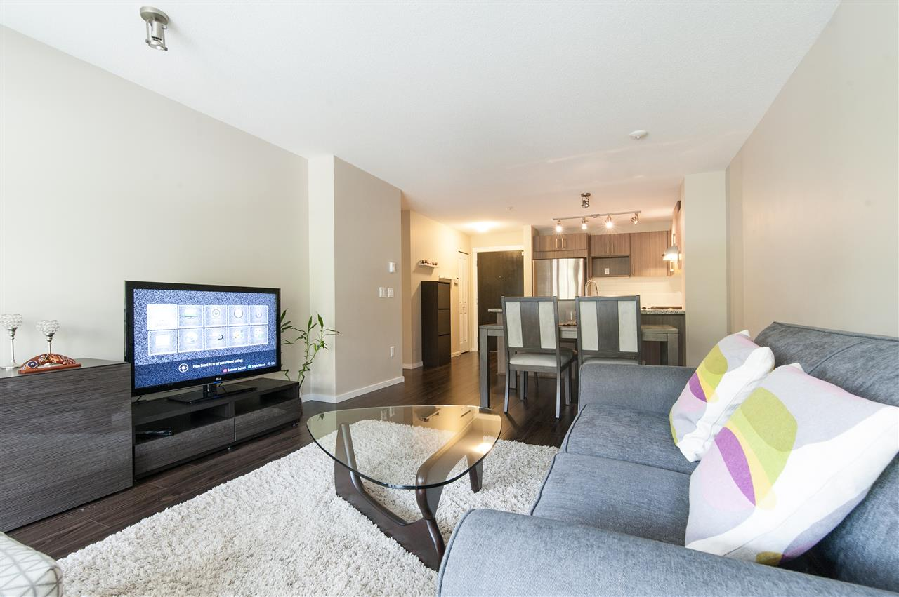 Condo Apartment at 302 3178 DAYANEE SPRINGS BOULEVARD, Unit 302, Coquitlam, British Columbia. Image 7