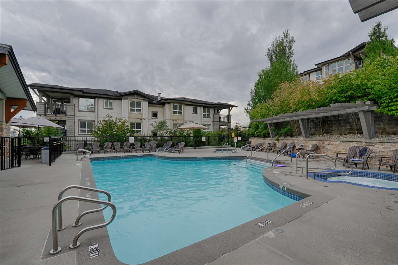Condo Apartment at 302 3178 DAYANEE SPRINGS BOULEVARD, Unit 302, Coquitlam, British Columbia. Image 19