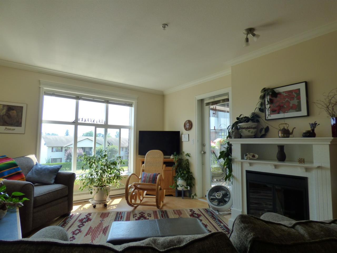 Condo Apartment at 202 45645 KNIGHT ROAD, Unit 202, Sardis, British Columbia. Image 7