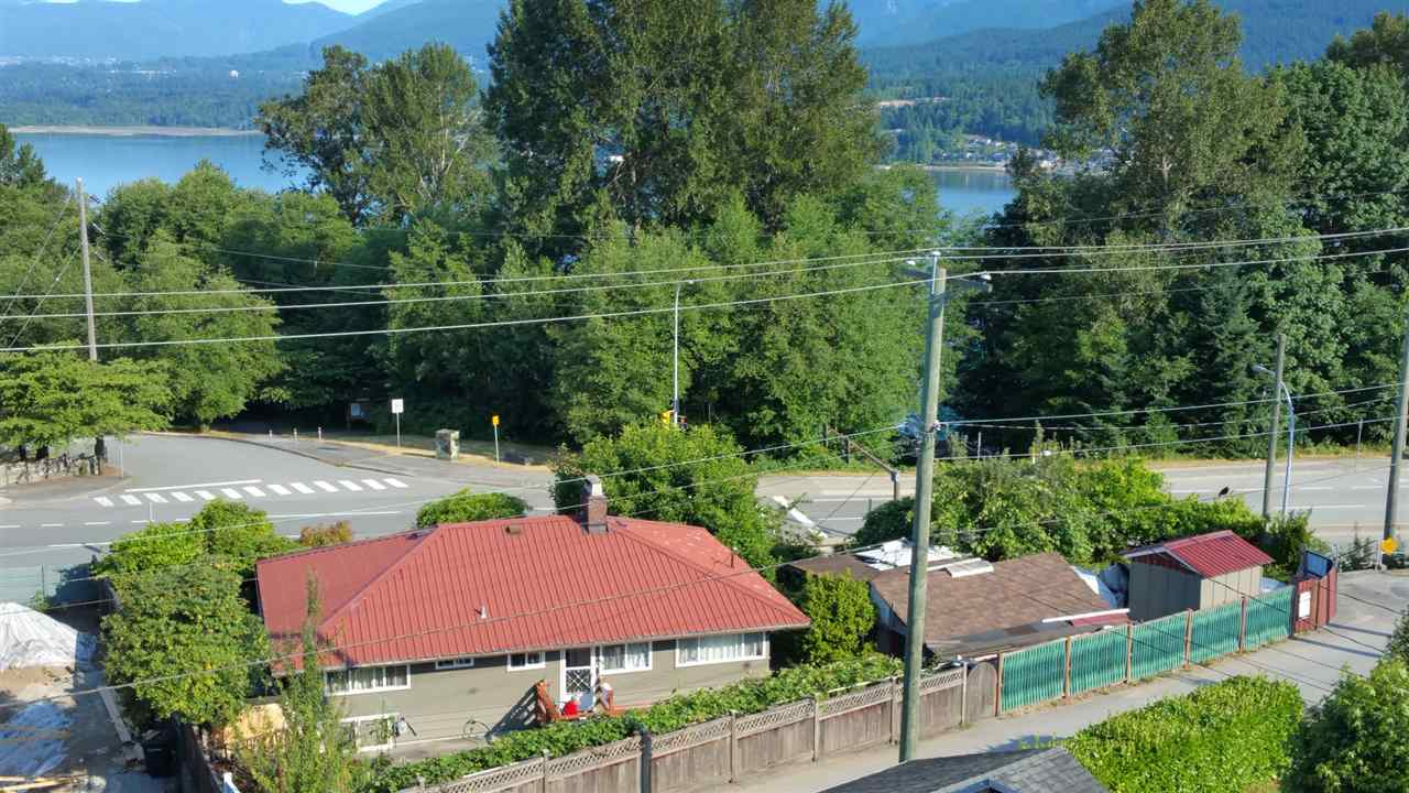 Detached at 7288 INLET DRIVE, Burnaby North, British Columbia. Image 1