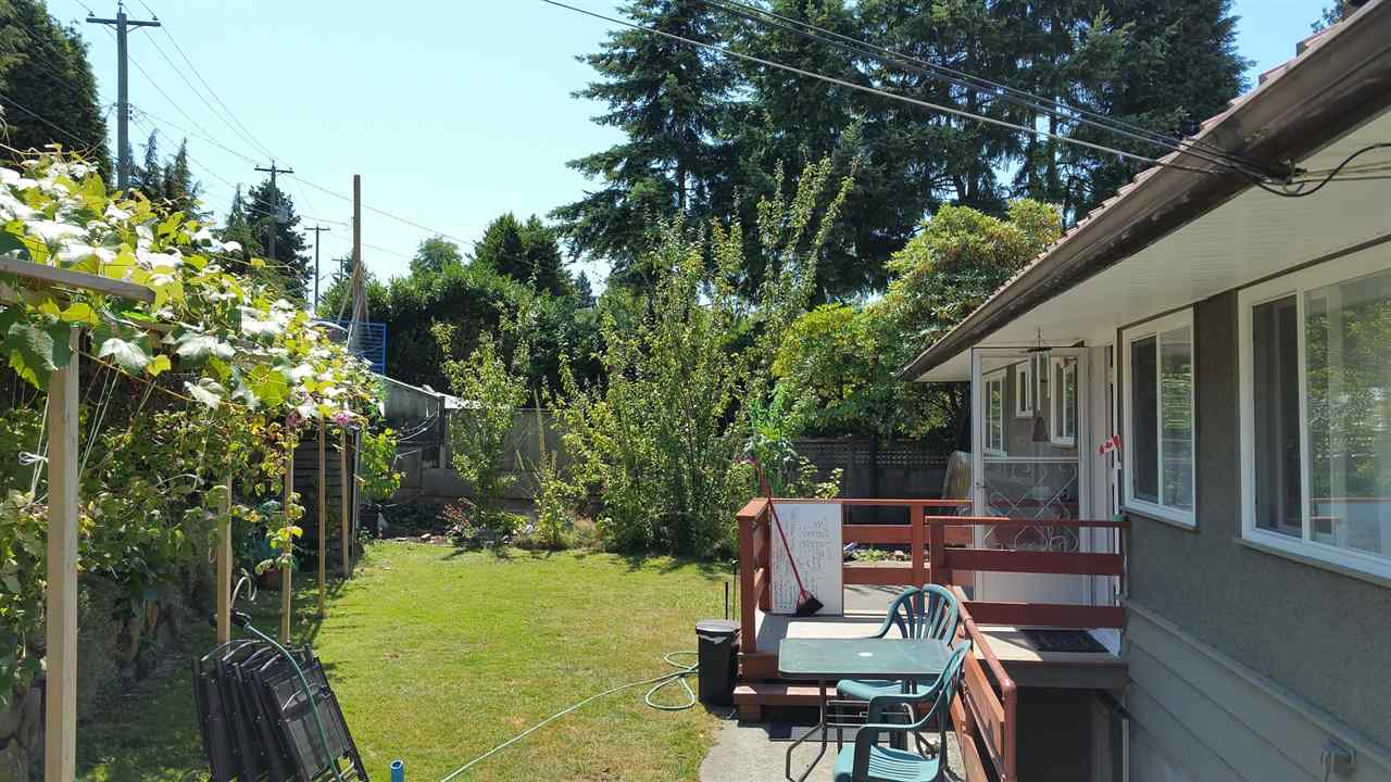 Detached at 7288 INLET DRIVE, Burnaby North, British Columbia. Image 5
