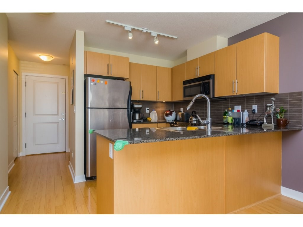 Condo Apartment at E212 8929 202 STREET, Unit E212, Langley, British Columbia. Image 8