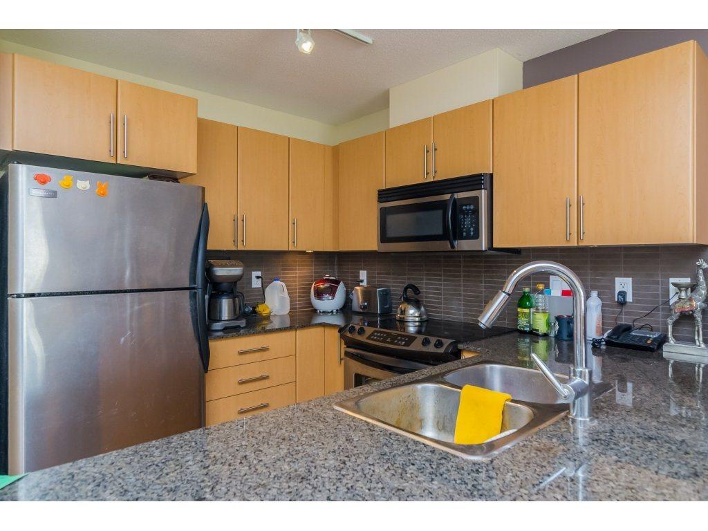 Condo Apartment at E212 8929 202 STREET, Unit E212, Langley, British Columbia. Image 9