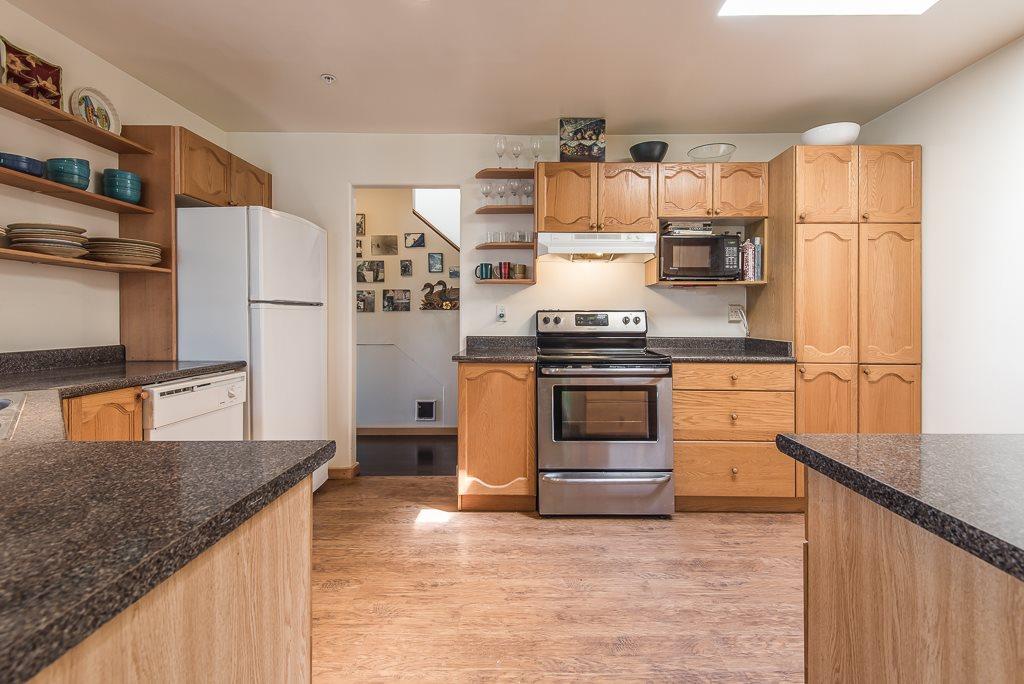 Condo Apartment at 307 1460 PEMBERTON AVENUE, Unit 307, Squamish, British Columbia. Image 6