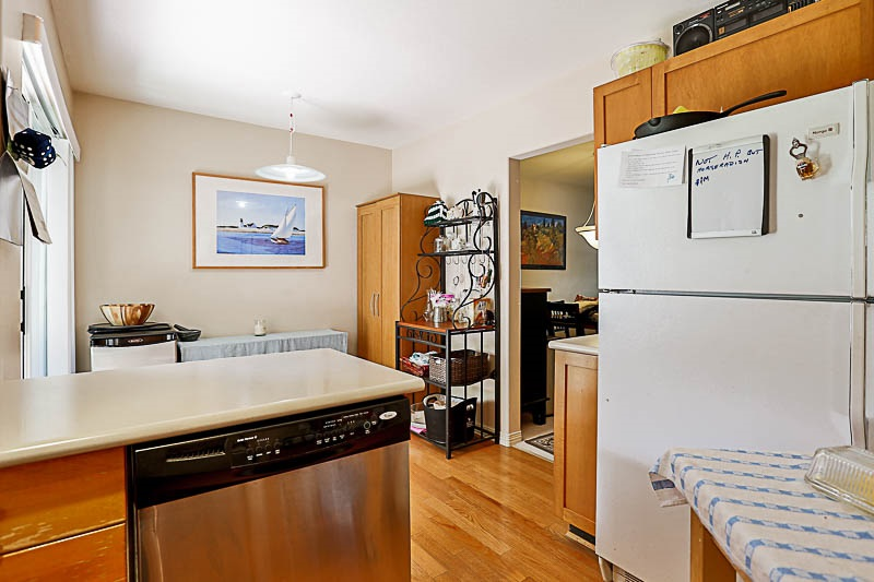 Townhouse at 4 15432 16A AVENUE, Unit 4, South Surrey White Rock, British Columbia. Image 9