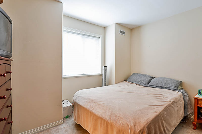 Townhouse at 4 15432 16A AVENUE, Unit 4, South Surrey White Rock, British Columbia. Image 13