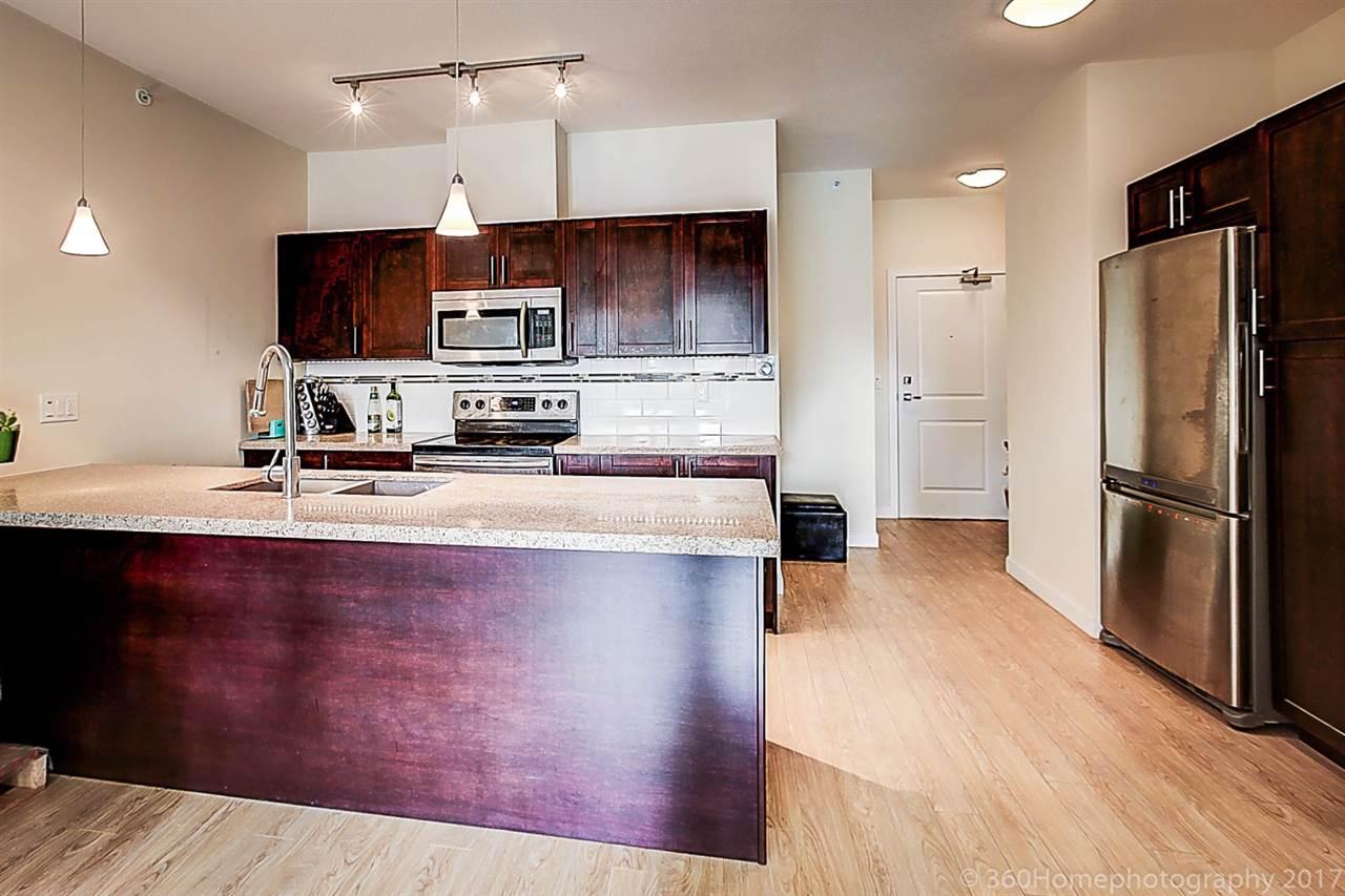 Condo Apartment at 304 5655 INMAN AVENUE, Unit 304, Burnaby South, British Columbia. Image 7