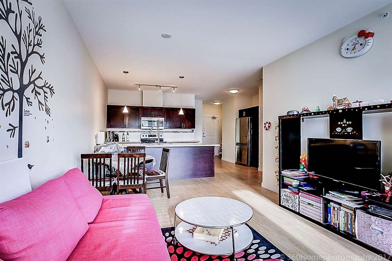 Condo Apartment at 304 5655 INMAN AVENUE, Unit 304, Burnaby South, British Columbia. Image 9