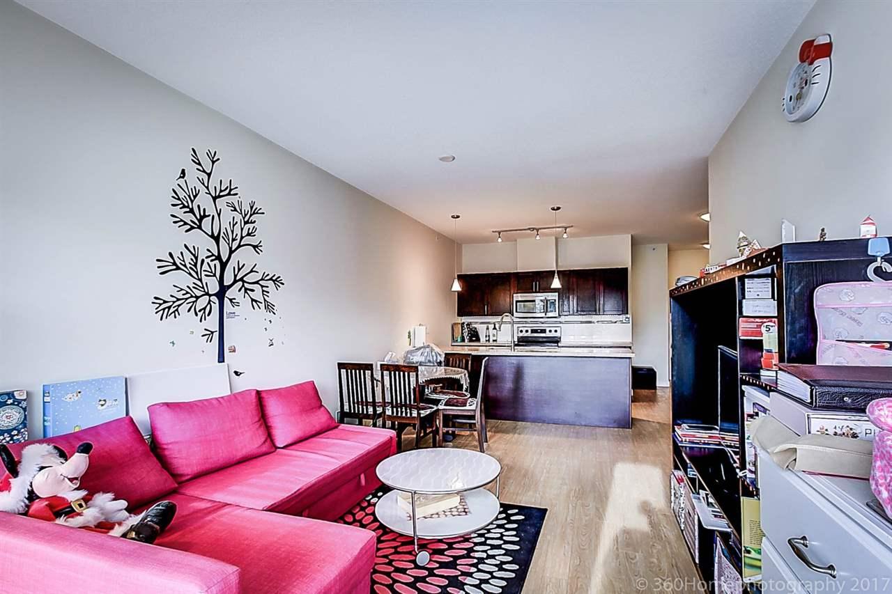 Condo Apartment at 304 5655 INMAN AVENUE, Unit 304, Burnaby South, British Columbia. Image 10