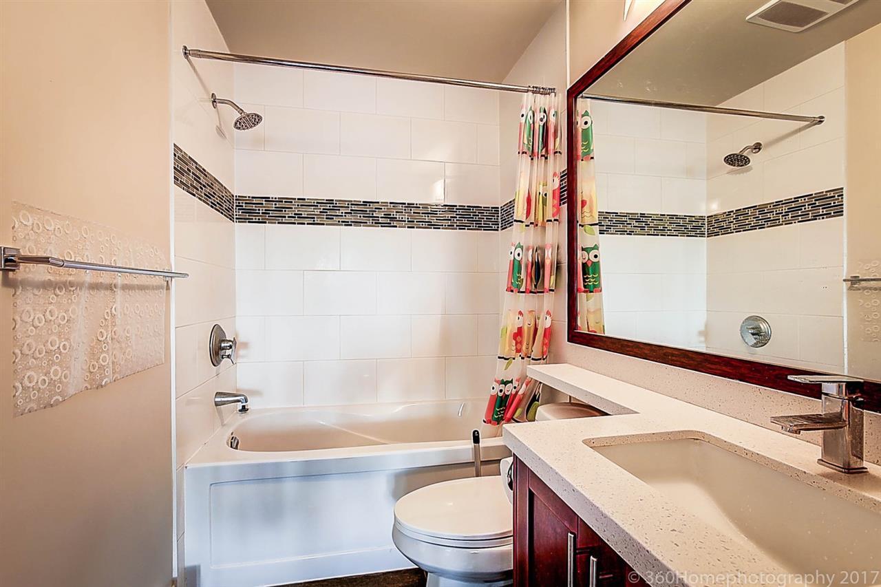 Condo Apartment at 304 5655 INMAN AVENUE, Unit 304, Burnaby South, British Columbia. Image 16