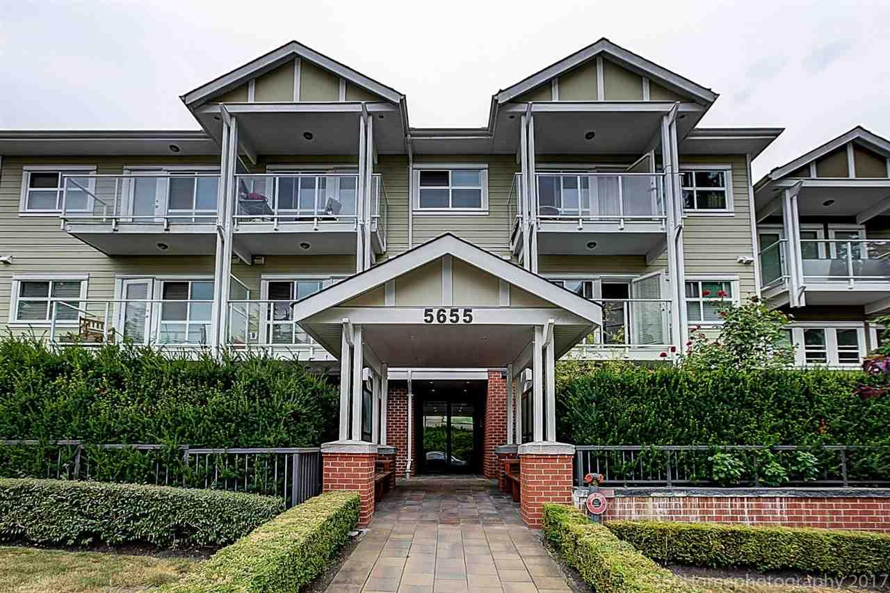Condo Apartment at 304 5655 INMAN AVENUE, Unit 304, Burnaby South, British Columbia. Image 18