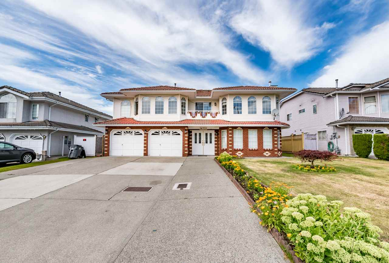 Detached at 14321 90A AVENUE, Surrey, British Columbia. Image 1