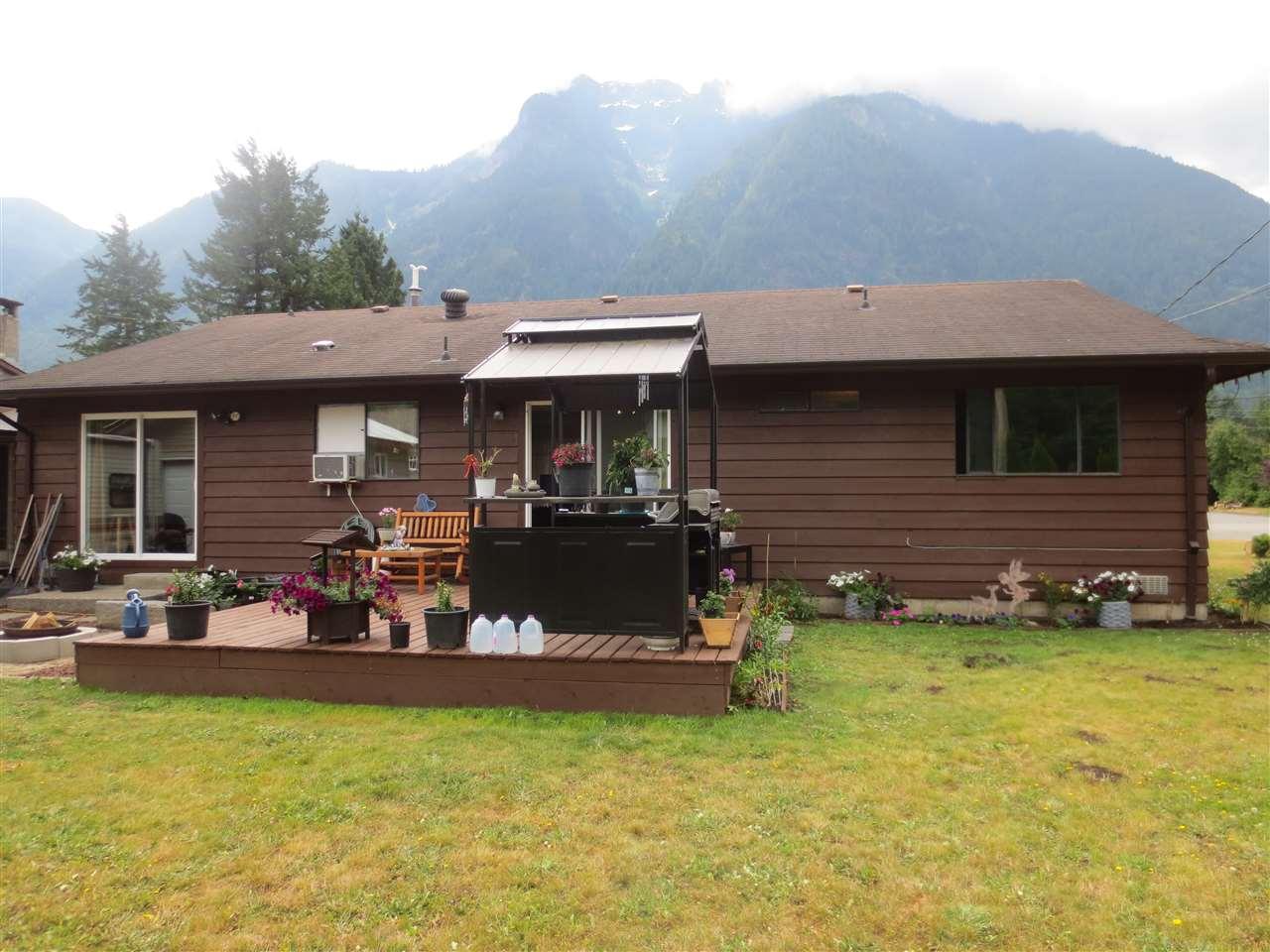 Detached at 65445 SKYLARK DRIVE, Hope, British Columbia. Image 7