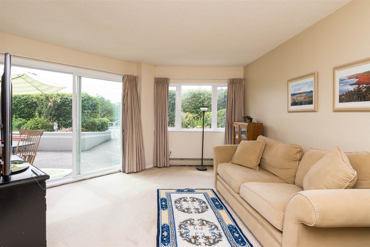 Condo Apartment at 102 15367 BUENA VISTA AVENUE, Unit 102, South Surrey White Rock, British Columbia. Image 1