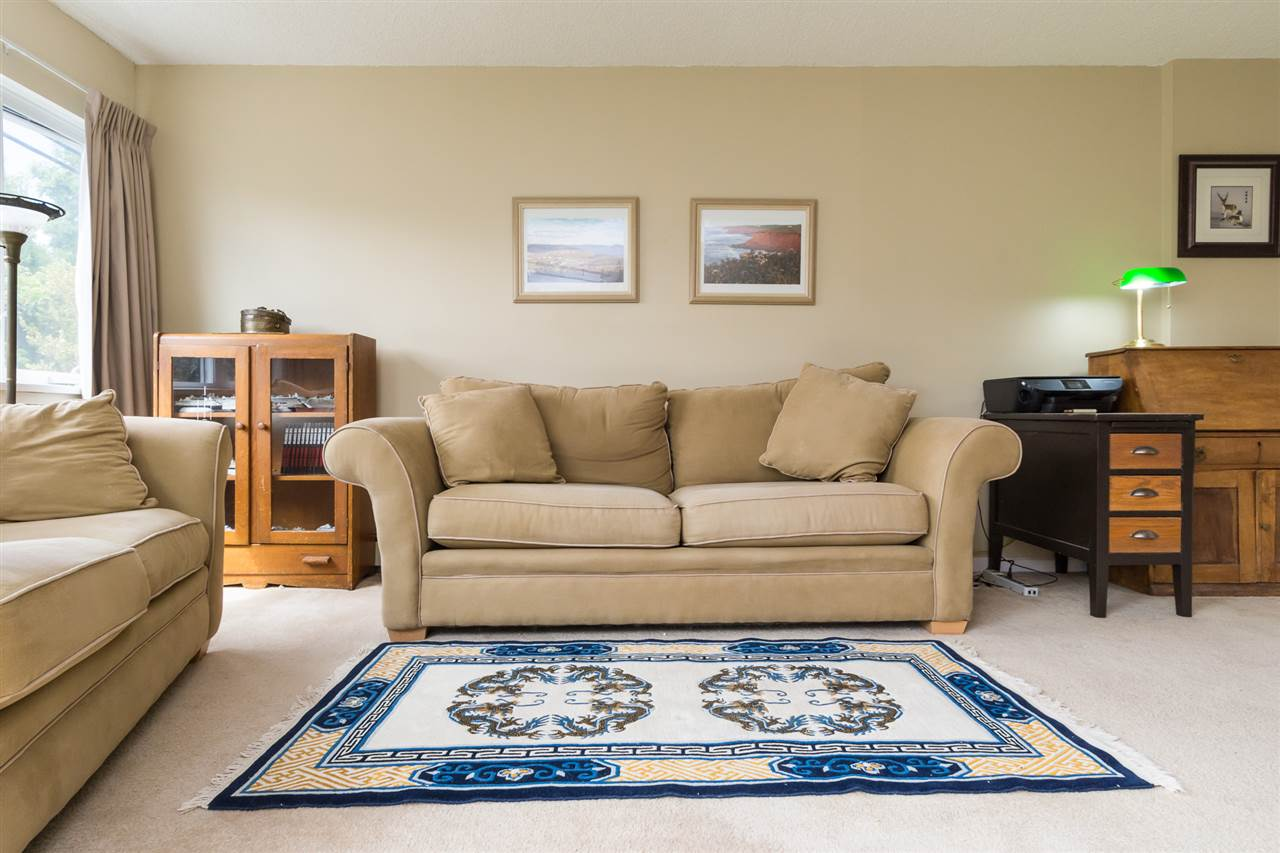 Condo Apartment at 102 15367 BUENA VISTA AVENUE, Unit 102, South Surrey White Rock, British Columbia. Image 11