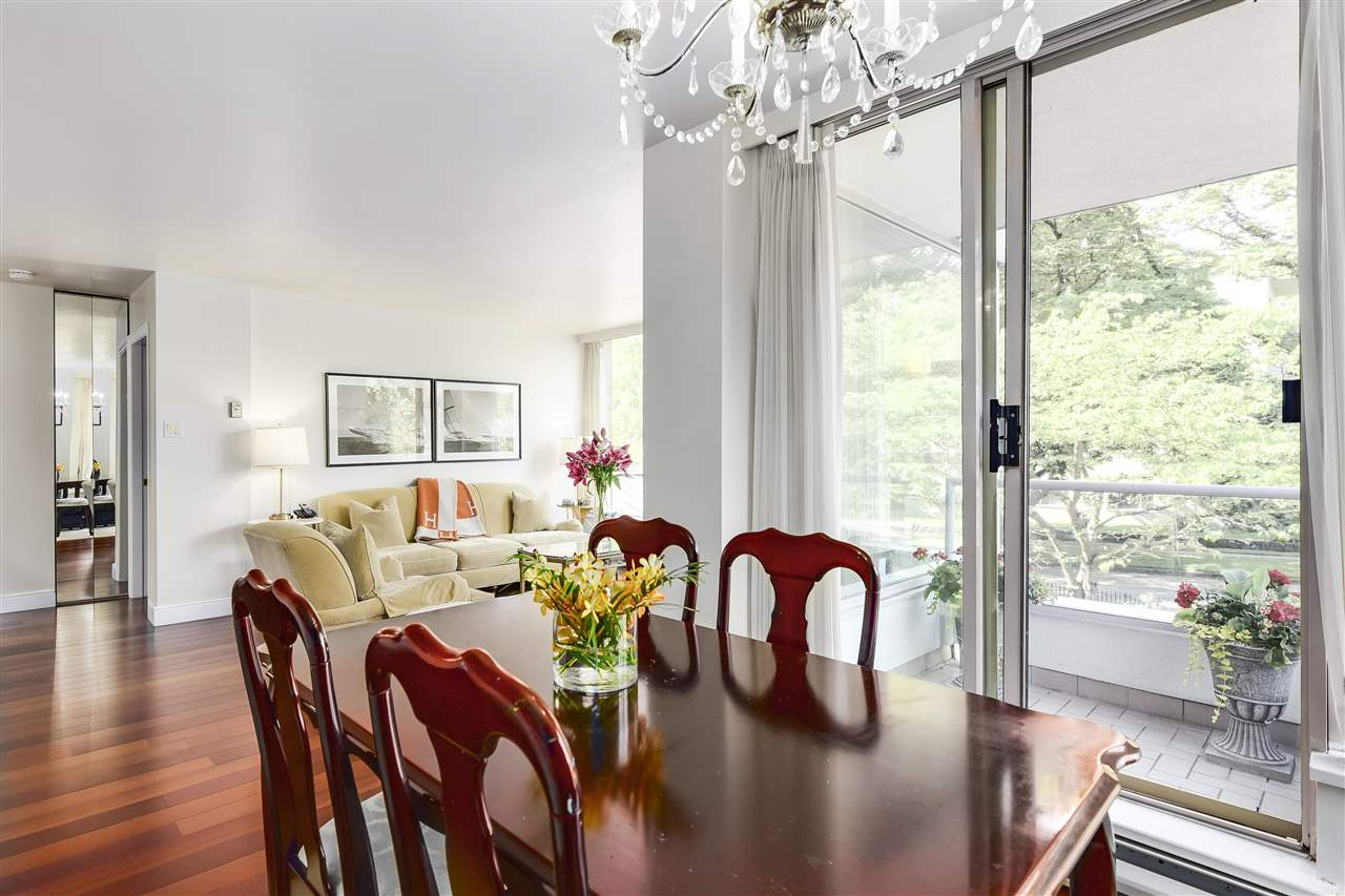 Condo Apartment at 204 2350 W 39TH AVENUE, Unit 204, Vancouver West, British Columbia. Image 3