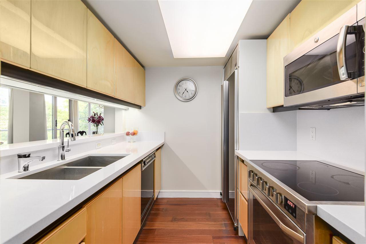 Condo Apartment at 204 2350 W 39TH AVENUE, Unit 204, Vancouver West, British Columbia. Image 8