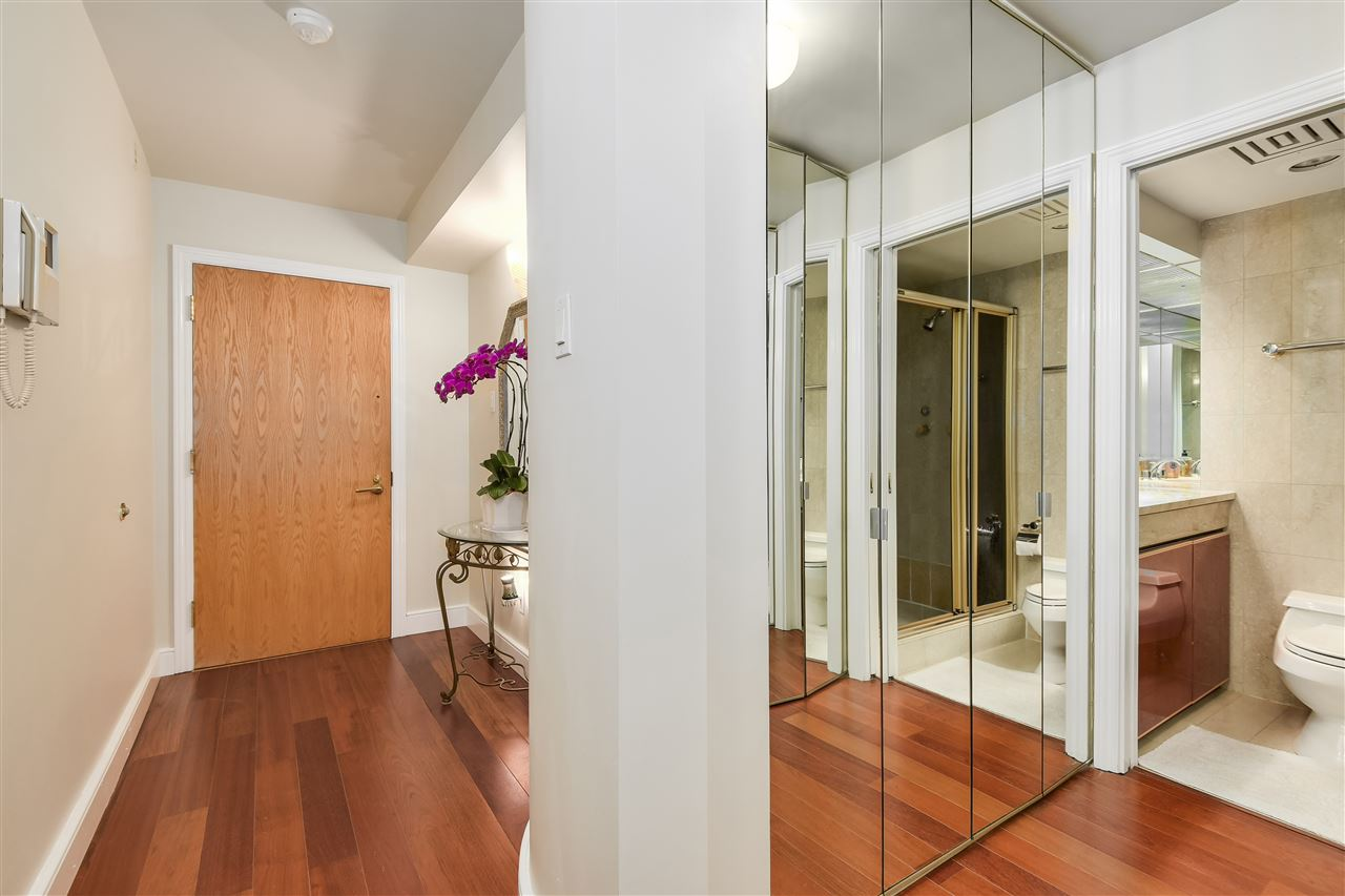 Condo Apartment at 204 2350 W 39TH AVENUE, Unit 204, Vancouver West, British Columbia. Image 10