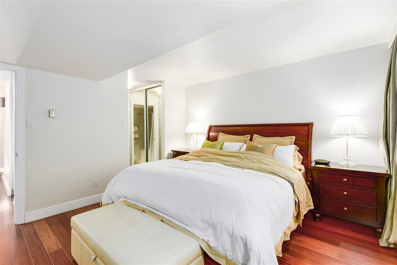 Condo Apartment at 204 2350 W 39TH AVENUE, Unit 204, Vancouver West, British Columbia. Image 13