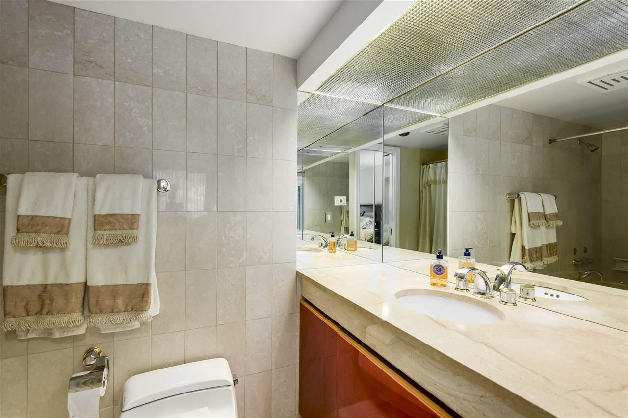 Condo Apartment at 204 2350 W 39TH AVENUE, Unit 204, Vancouver West, British Columbia. Image 17