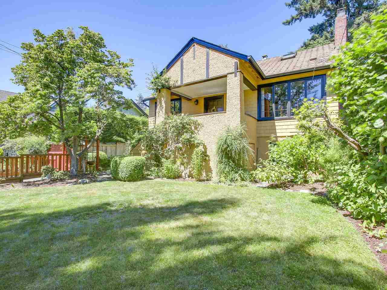 Detached at 3335 W 40TH AVENUE, Vancouver West, British Columbia. Image 1