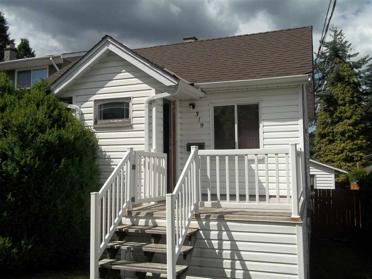 Detached at 319 NOOTKA STREET, New Westminster, British Columbia. Image 6