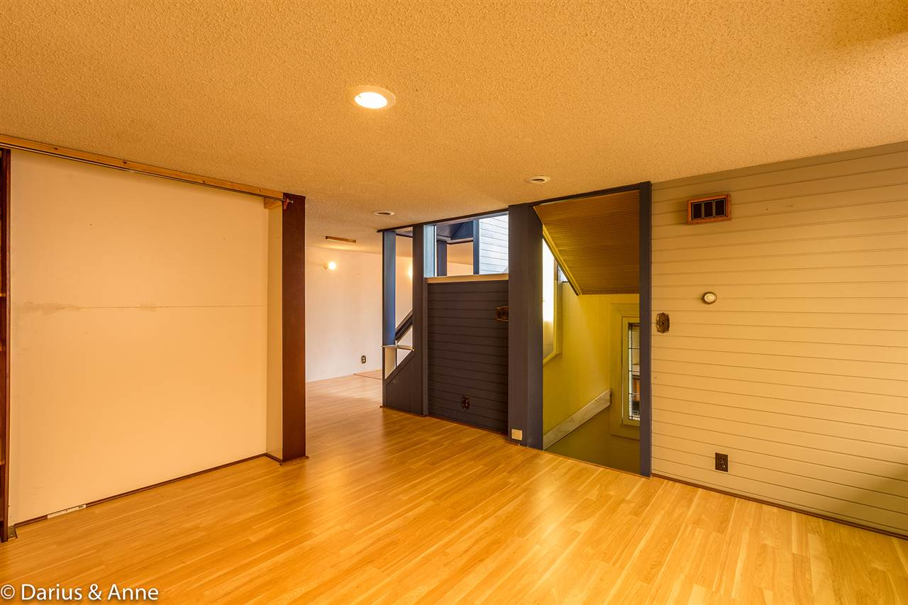 Detached at 11 GLYNDE AVENUE, Burnaby North, British Columbia. Image 6