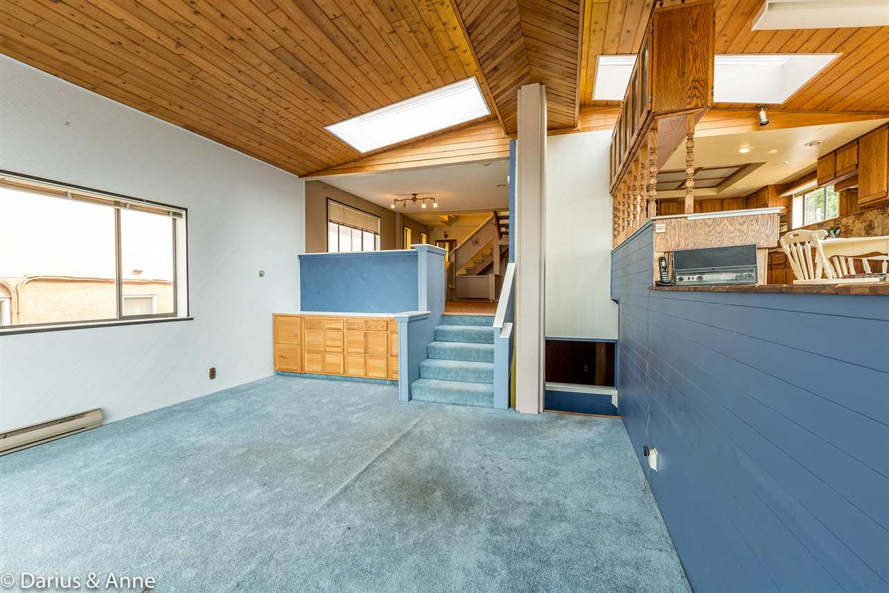 Detached at 11 GLYNDE AVENUE, Burnaby North, British Columbia. Image 12