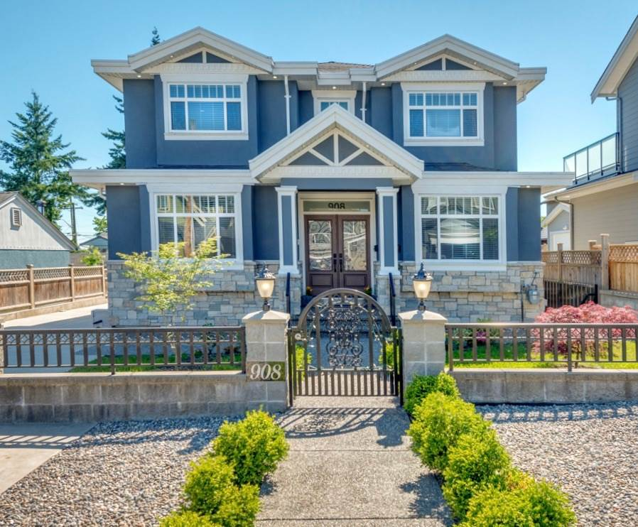 Detached at 908 HILL STREET, New Westminster, British Columbia. Image 1
