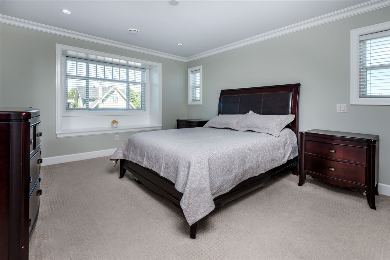 Detached at 908 HILL STREET, New Westminster, British Columbia. Image 15