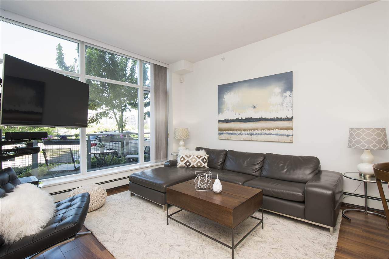 Townhouse at 316 W 1ST AVENUE, Vancouver West, British Columbia. Image 3