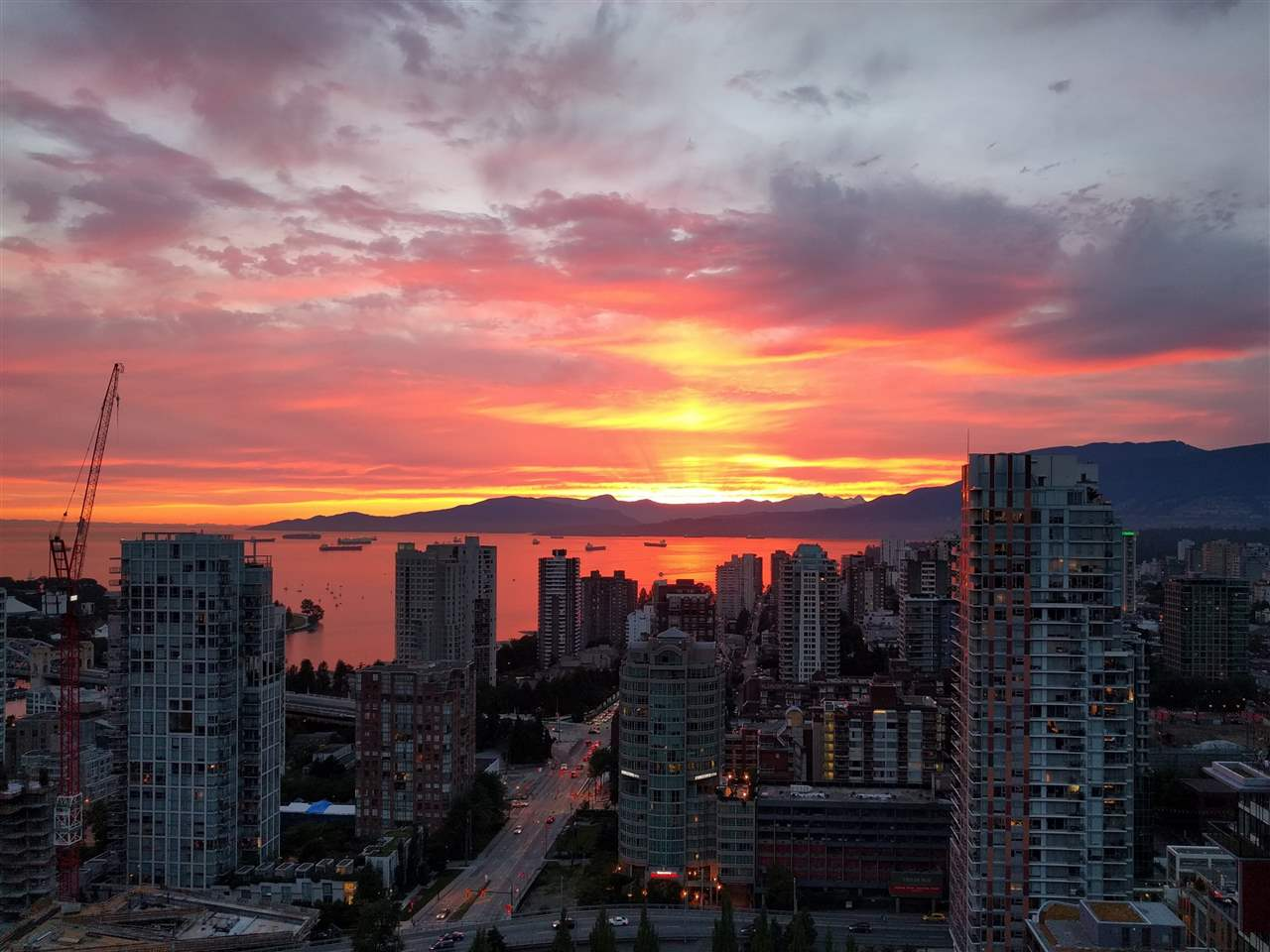 Condo Apartment at 3802 1372 SEYMOUR STREET, Unit 3802, Vancouver West, British Columbia. Image 1