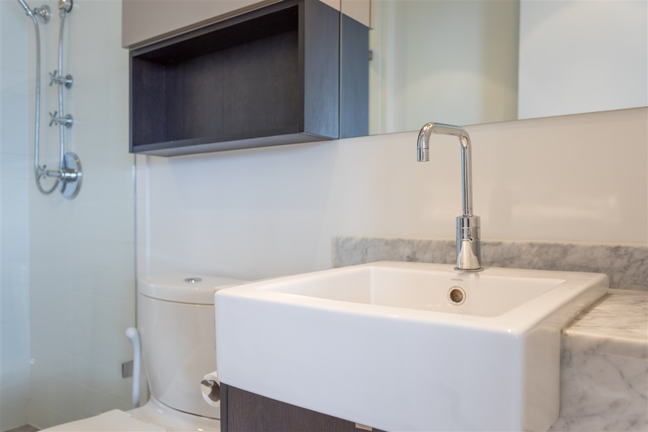 Condo Apartment at 3802 1372 SEYMOUR STREET, Unit 3802, Vancouver West, British Columbia. Image 13
