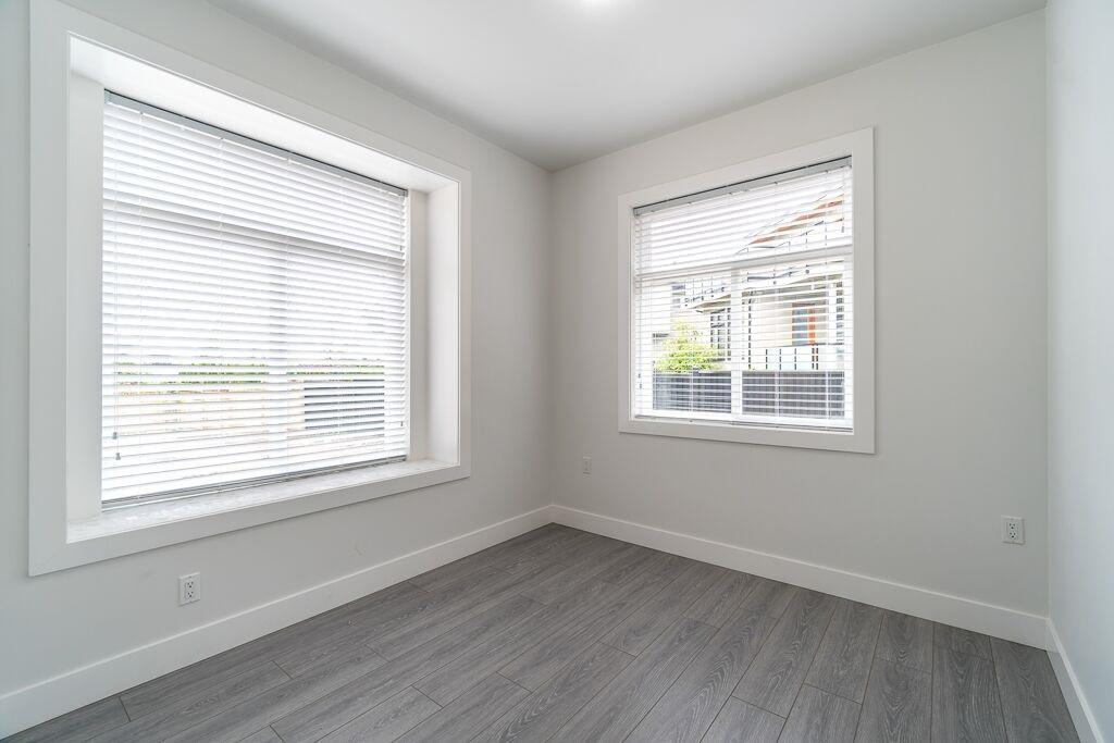 Half-duplex at 7415 WILLARD STREET, Burnaby South, British Columbia. Image 12