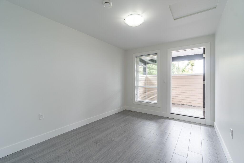 Half-duplex at 7415 WILLARD STREET, Burnaby South, British Columbia. Image 18