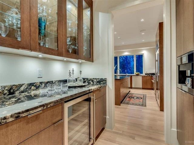 Detached at 6193 COLLINGWOOD STREET, Vancouver West, British Columbia. Image 10