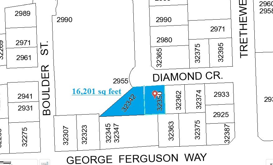 Detached at 32350 DIAMOND CRESCENT, Abbotsford, British Columbia. Image 3